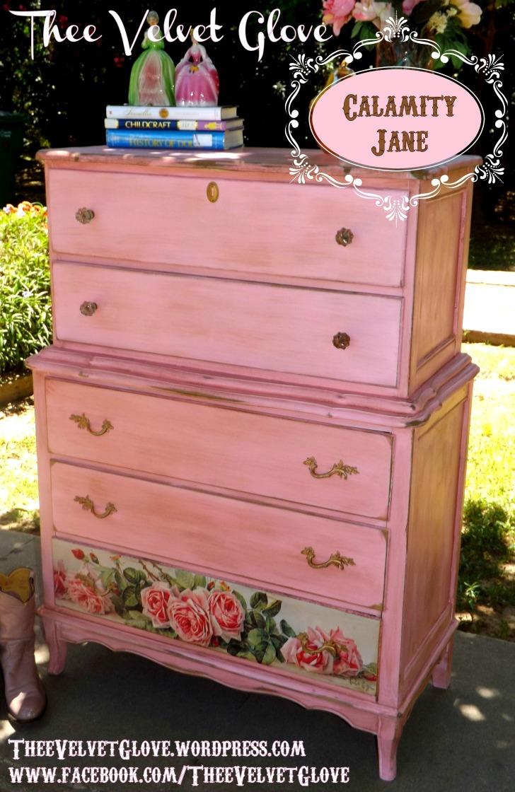 Pink Dressers For Girls Bedroom Set: Distressed Pink Bedroom Set