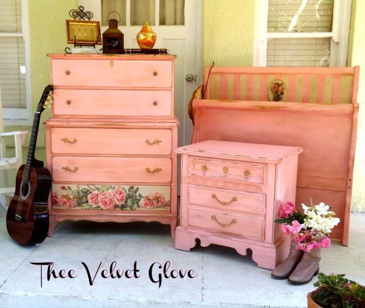 jane collection distressed pink bedroom set thee velvet glove