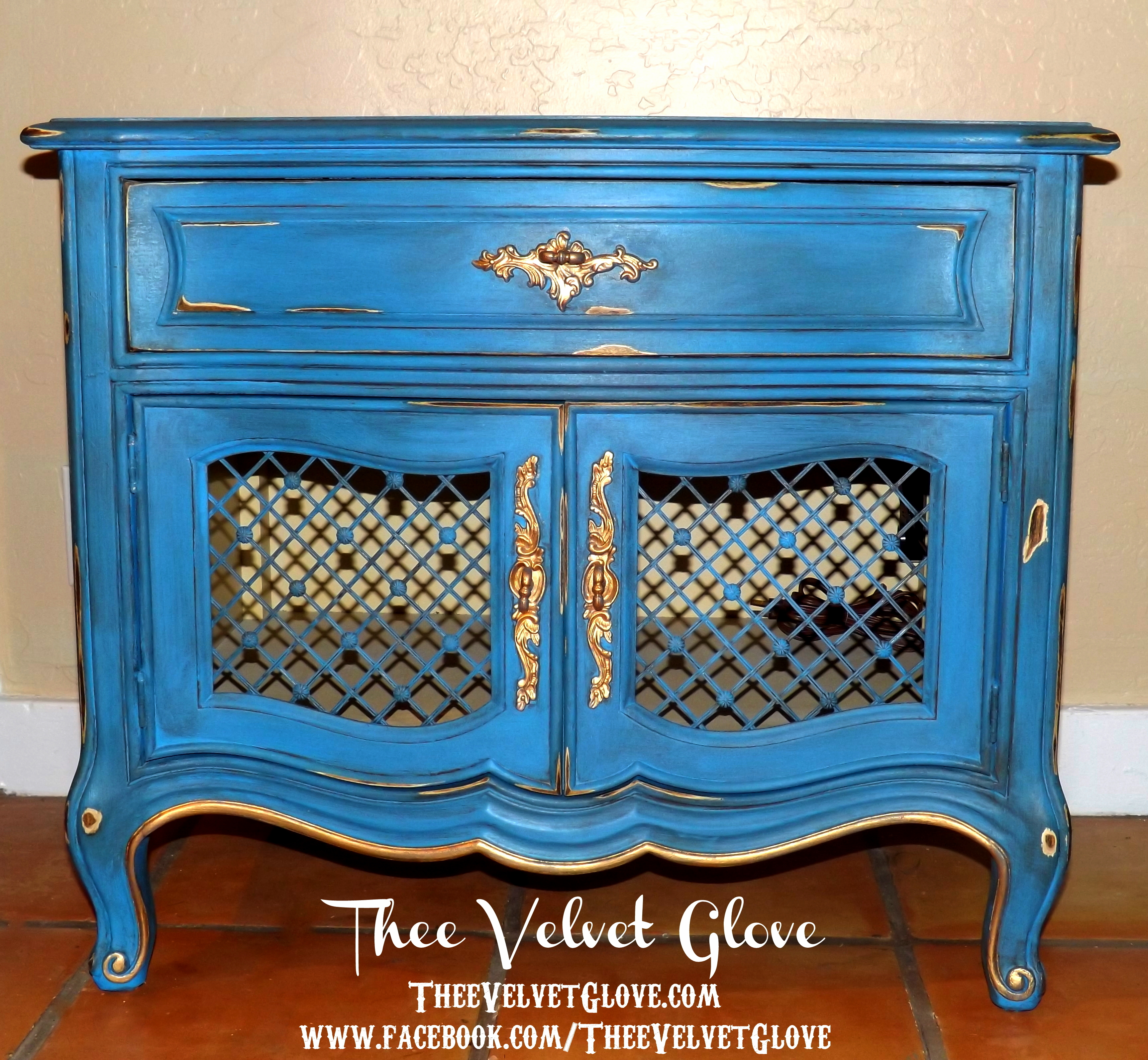 Graceland Blue Over You Vintage Henredon Nightstands Thee Velvet Glove